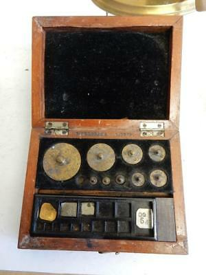 really old chemist weights in box L OERTLING LONDON