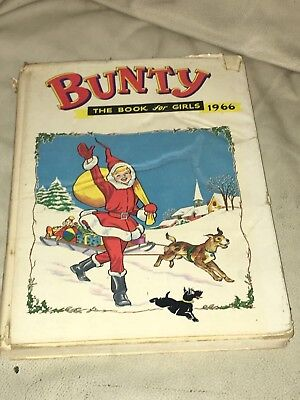 "Vintage "" Bunty Book For Girls "" Dated 1966 Unclipped With Dust Jacket"