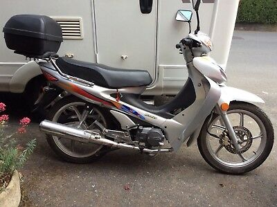 Siamoto 125cc 1st registered new in 2014, but built in 2002 so on a 52 plate