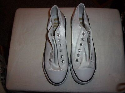 Twiggy Sneakers Tennis  Shoes   Size 8.5