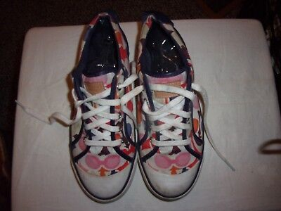 Coach Sneakers Tennis  Shoes   Size 9