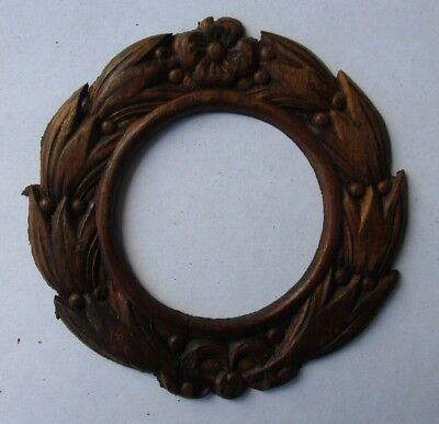 Wreath Style Applied Carving For Front Of  Singer Sewing Machine Co. Drawer