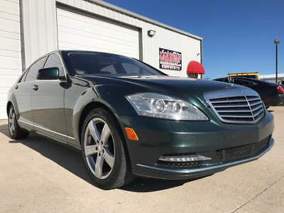 2010 Mercedes-Benz S-Class S550 CLEAN S550 LOADED NAVIGATION, MASSAGE, HEATED AND COOLED SEATS, SUNROOF, LOADED