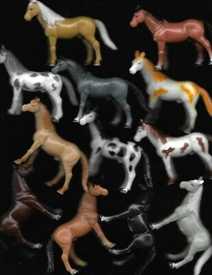 Bag Of 12 Assorted Horses