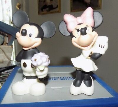 Lenox Disney Classics Mickey And Minnie  Salt And Pepper Shakers New In Box