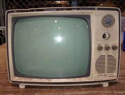 """General Electric 10"""" Vintage CRT TV MISSING COVER/UNKNOWN MODEL/CRACKED PLASTIC"""