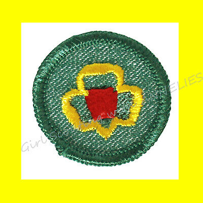 GIRL SCOUTS Green Trefoil Shaped Clips 35142 Lot of 5 Pack of 10