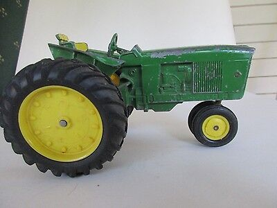 Vintage John Deere Tractor 1/16 Scale Made in USA