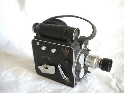 Vintage Leveque LD8 French 8mm clockwork Movie Camera som berthiot cinor B 1:1.9