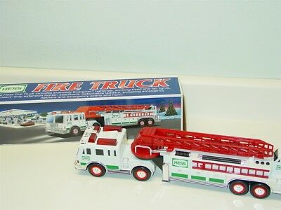 2000 Hess Fire Truck in Original Box, Toy Vehicle