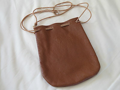 A EXCELLENT LIGHT TAN SOFT  LEATHER  POKEY REEL BAG will hold a  no2