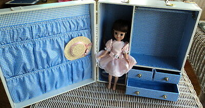 8 Inch Betsy Mc Call  - Doll, Outfit, & Case ~~ Very Nice ~~ All On Price  !