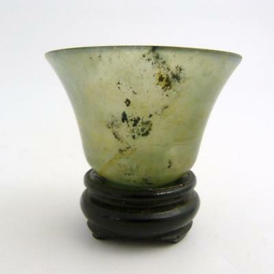 CHINESE SPINACH GREEN JADE WINE CUP ON STAND, 19th CENTURY