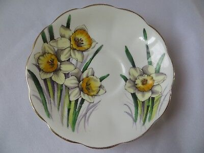 ROYAL ALBERT - Flower of the Month - DAFFODIL NO.3 - SAUCER - 1215