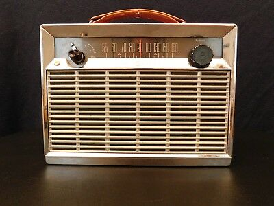 VINTAGE 50s OLD CHROME GENERAL ELECTRIC AM JET AGE SPACE RETRO TRANSISTOR RADIO