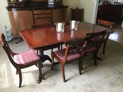 Vintage Dining Room Table & Chairs - Duncan Phyfe