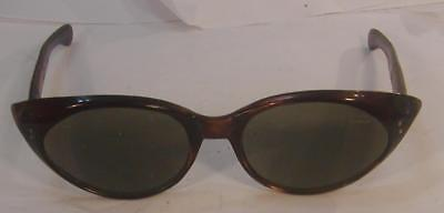 Vintage Pair Of Ladies Italian Sunglasses-Beautiful Shape With Gold Trim-Minty