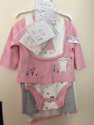 Brand New 7 peice Set 0-3 / first size  Baby Girl