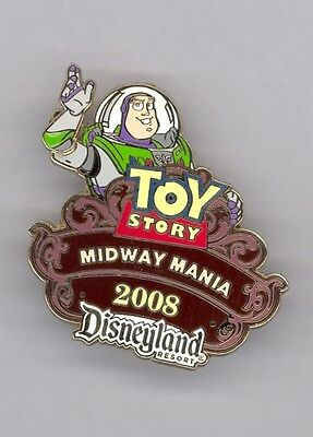 Disney Toy Story Midway Mania Buzz Lighyear Waving Passholder Slider LE Pin
