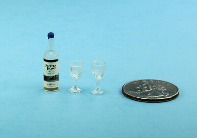 Dollhouse Miniature White Wine Bottle with 2 Plastic Wine Goblets/Glasses #ZSW1