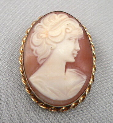 Vintage Hand Carved Shell Cameo Brooch Pin or Pendant Yellow Gold Filled 6.8g