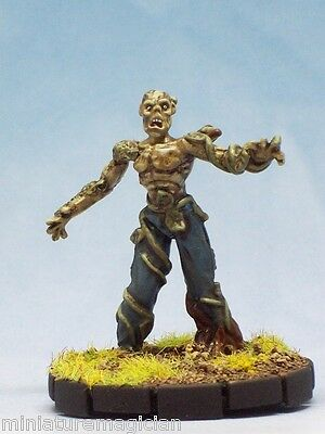 Swamp Zombie painted miniature minis Horrorclix repaint D&D rpg