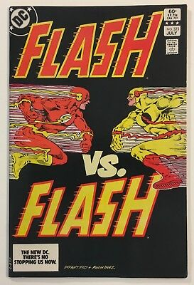 The Flash #323 Flash VS. Reverse Flash Key Issue Bronze Age 1983 DC Comics