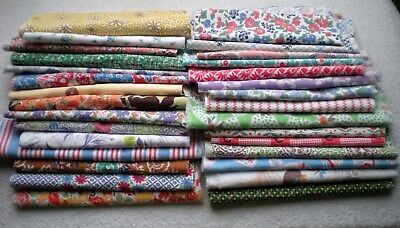 LOT 30 Pcs Vtg FEEDSACK  Quilt Sewing Doll Clothes  ALL DIFFERENT Prints