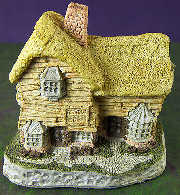David Winter Cottage VILLAGE SHOP Mini Building Hand Made in Great Britain 1982