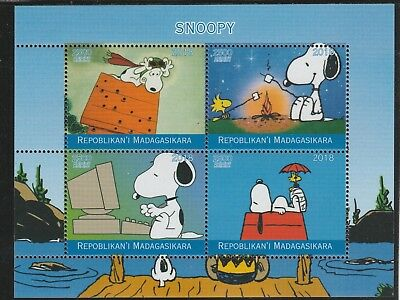 Madagascar 7673 - 2018 SNOOPY  perf sheet of 4 unmounted mint