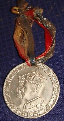 SE236 Vtg King George VI & Queen Elizabeth Crowned 12 May 1937 Medal