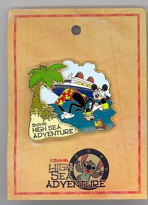 DCL Disney Cruise Line Goofy & Mickey Mouse Snorkeling Together LE 500 Pin