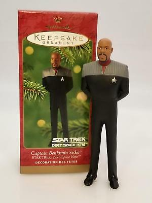 Hallmark Keepsake Ornament 2001 Captain Benjamin Sisko - Star Trek - #QX6865