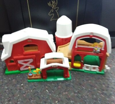 Fisher Price Little People Farm And Barn Buildings (No little people)