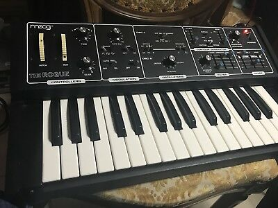 Moog The Rogue Synth Analog Serviced  Moog Rogue Synthesizer Serviced