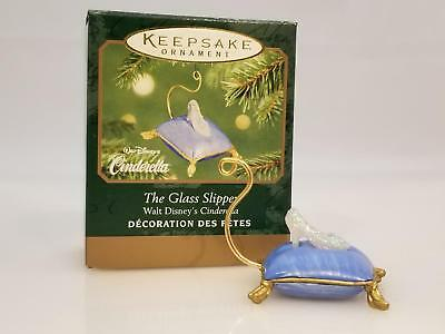 Hallmark Miniature Ornament 2001 The Glass Slipper - Disneys Cinderella 4182-SDB