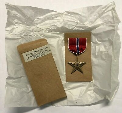 Original WWII 1945 Dated Bronze Star Medal In Original Box, Unissued