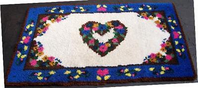 Bright Colors! Large Hooked Rug Heart & Flowers Shillcraft ?