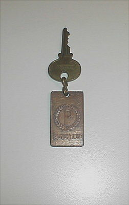 Vintage Palmer House Chicago Hotel Key Fob And Sargent Key #1307W