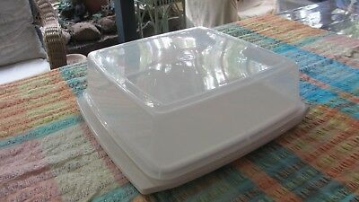 Vintage Tupperware Square Cake Taker excellent condition