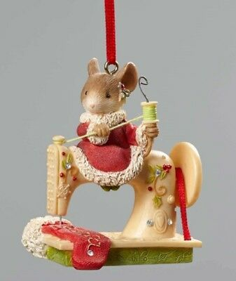 Heart of Christmas Sew Happy Its Christmas Mouse Sewing Machine Ornament 4052791