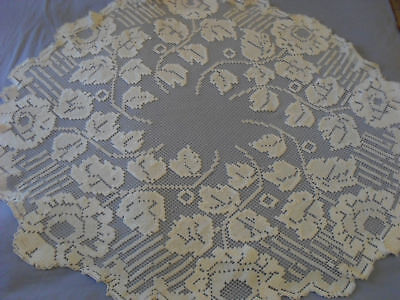Gorgeous Vintage Handmade Filet Tablecloth
