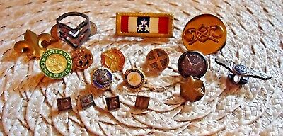 Lot Of 17 Vintage US MILITARY,AMERICAN LEGION,AIRLINES- Pins Medals ETC