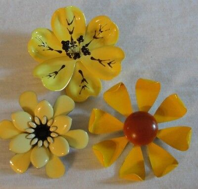 Vintage Lot Of 3 Pretty Enamel Metal Flower Brooches Yellow Group