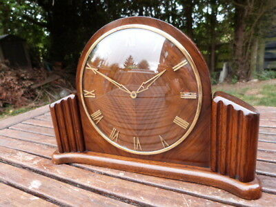 Lovely Vintage Art Deco Metamec Dereham Wood & Glass Wind Up Mantel Clock.