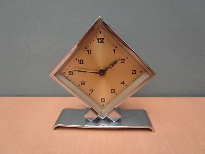 Vintage Chrome Art Deco Wind Up Small Mantle Clock