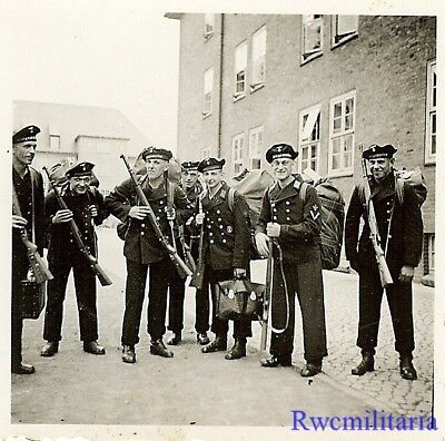 WAR READY! Kriegsmarine Sailors w/ Luggage & Mauser 98k Rifles Ready to Move Out