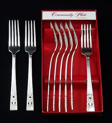 8 Vintage Art Deco Oneida Community Hampton Court Table Forks Silver Plated