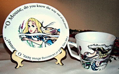 Adorable! England Cardew Alice In Wonderland 4 Pc Set 2 Mugs 2 Small Trays