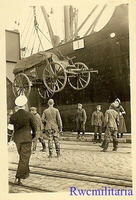 CAREFUL! Wehrmacht Troops Unloading Wagon Off Kriegsmarine Transport Ship!!!